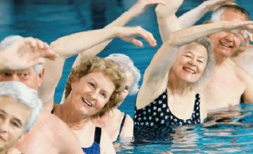 La piscine gratuite pour les seniors à Saint-Denis